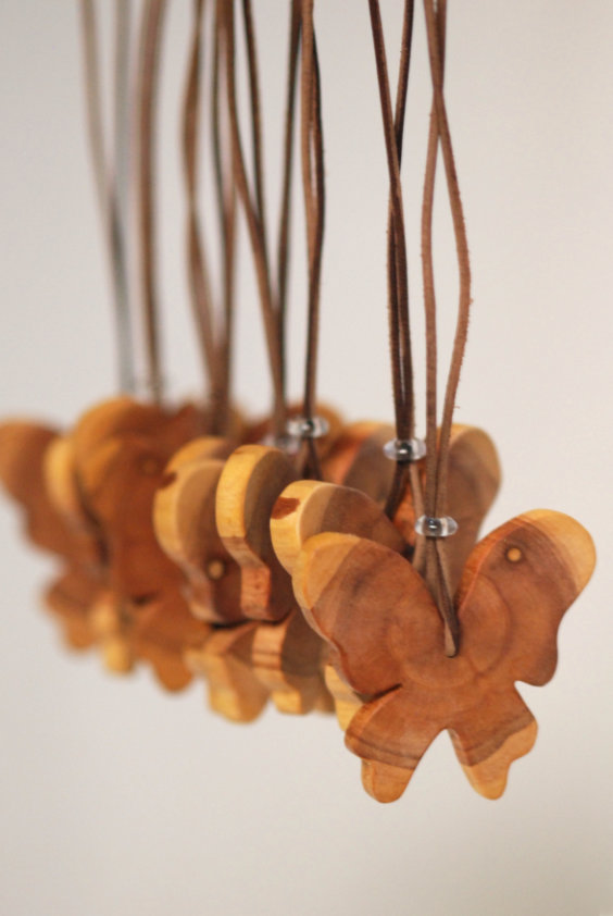 Houtkapper's - butterfly necklaces - handmade and hand carved